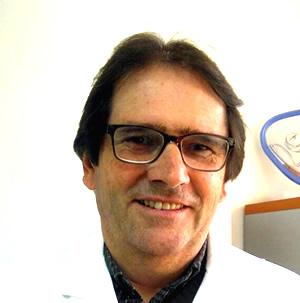 Dr. Carlos Artemtchomque